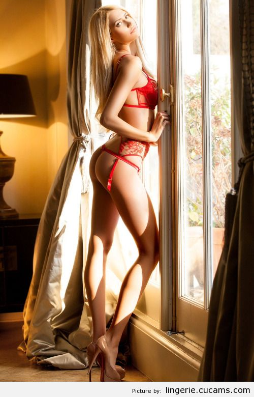 Lingerie Stripper Skinny by lingerie.cucams.com