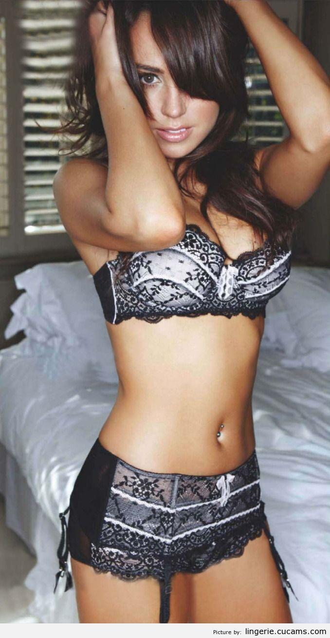 Lingerie Master Stripper by lingerie.cucams.com