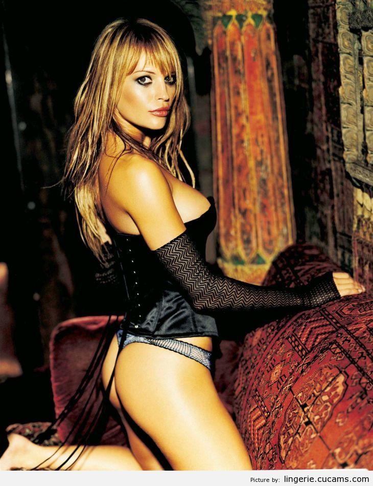 Lingerie Cum Serbian by lingerie.cucams.com