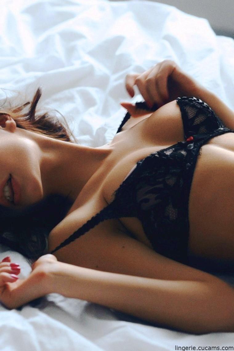 Lingerie Juicy Maid by lingerie.cucams.com