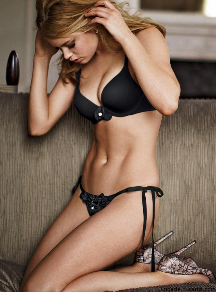 Lingerie Gagging Bikini by lingerie.cucams.com